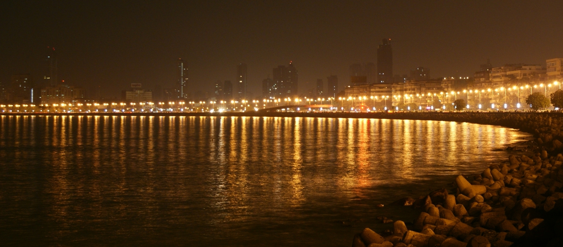 Marine Drive Mumbai Night View Wallpaper 28325   Baltana 1878x826