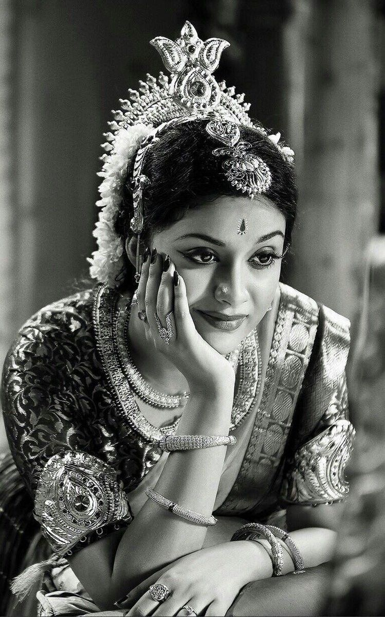 Keerthy Suresh in Savitris get up Actresses Pics Latest 749x1200