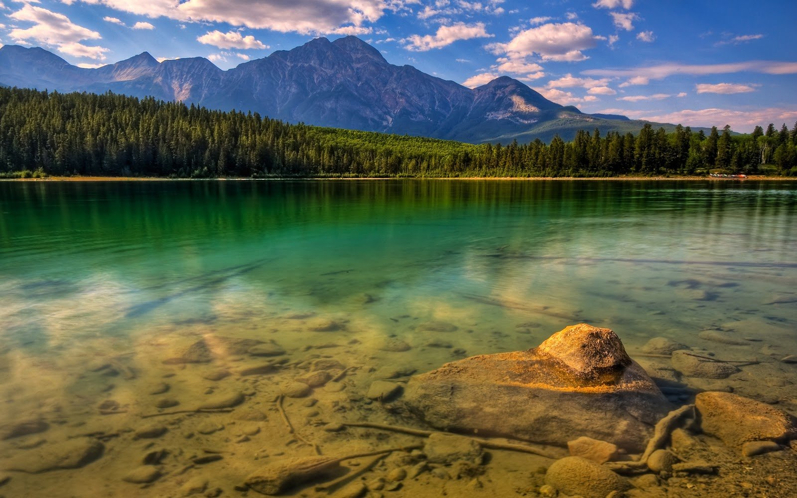 download wallpapers for desktop Most beautiful places in the 1600x1000