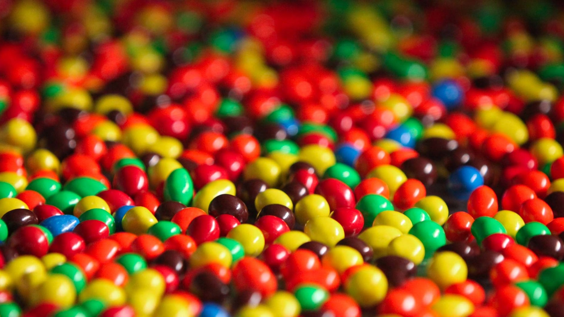 Free download 71 Mm Candy Wallpapers on