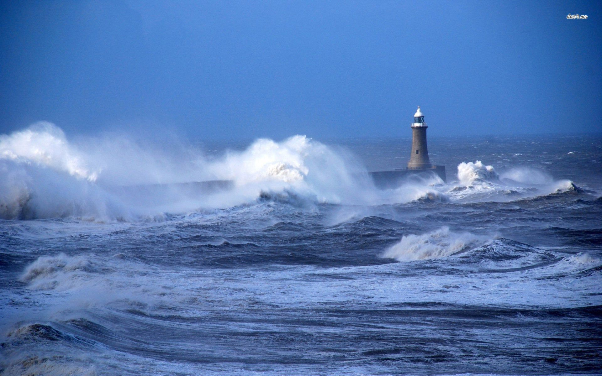 Rough waves hitting the lighthouse wallpaper   1068483 1920x1200