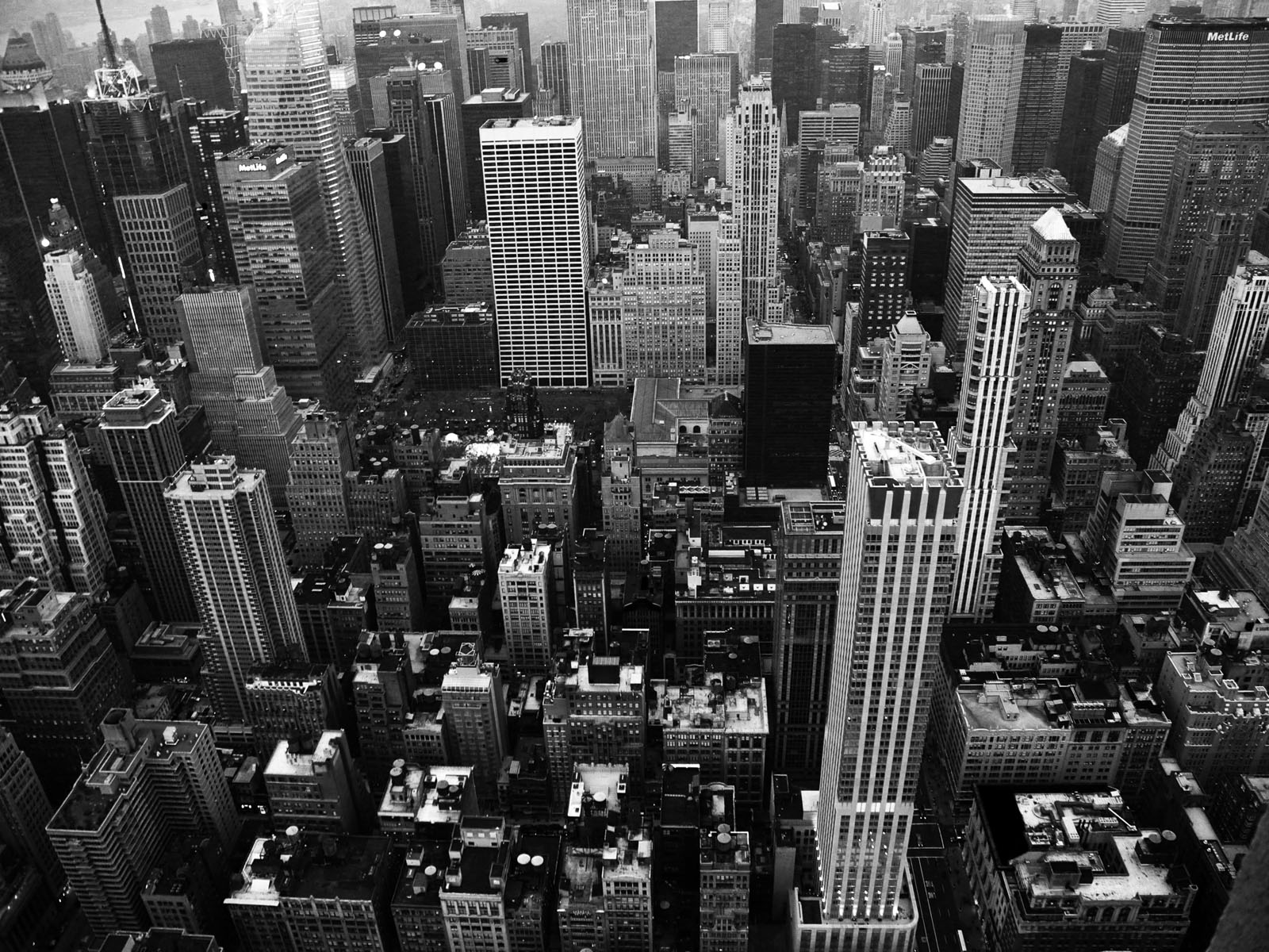 City Background Black And White 1600x1200