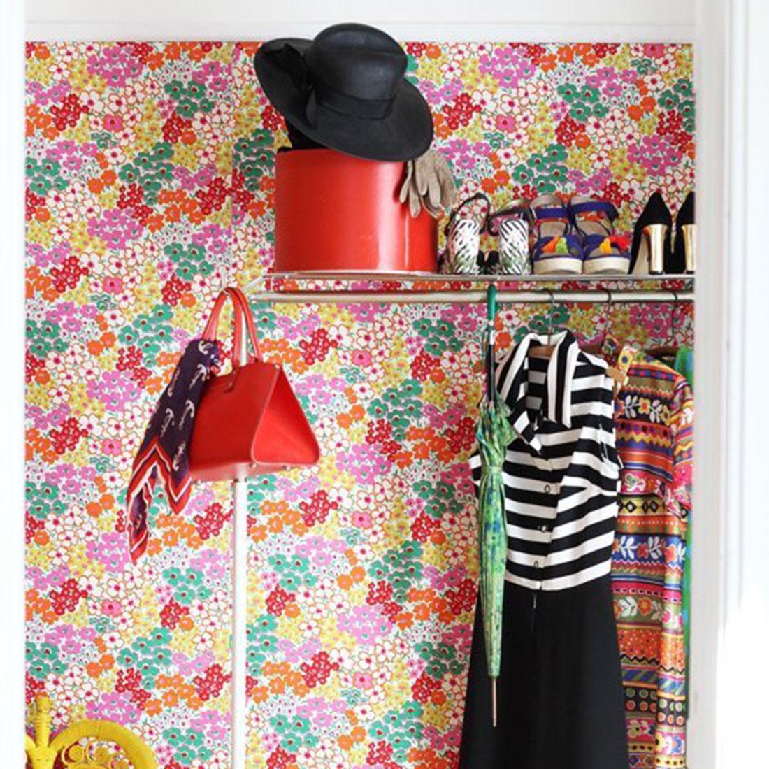 apartment wallpaper 1100x1100