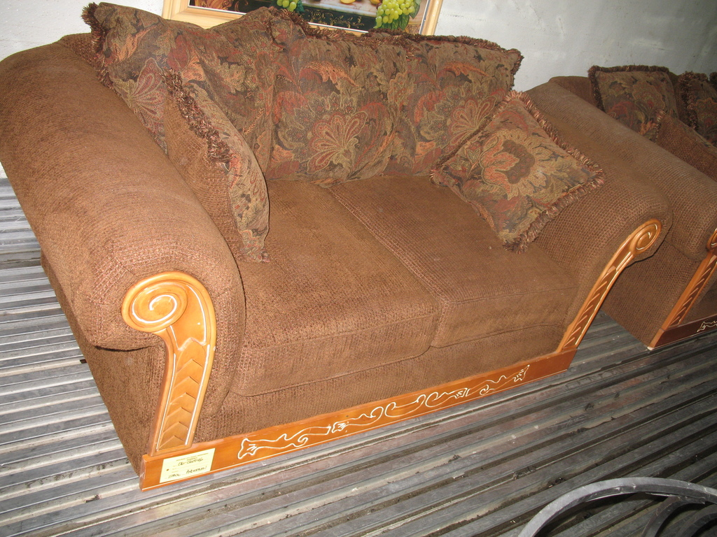 western couches 1024x768