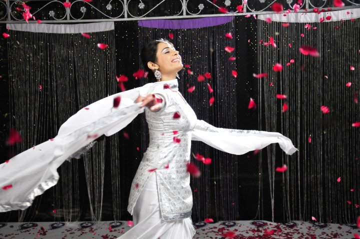 Punjabi Girl Wallpaper 2012 720x478