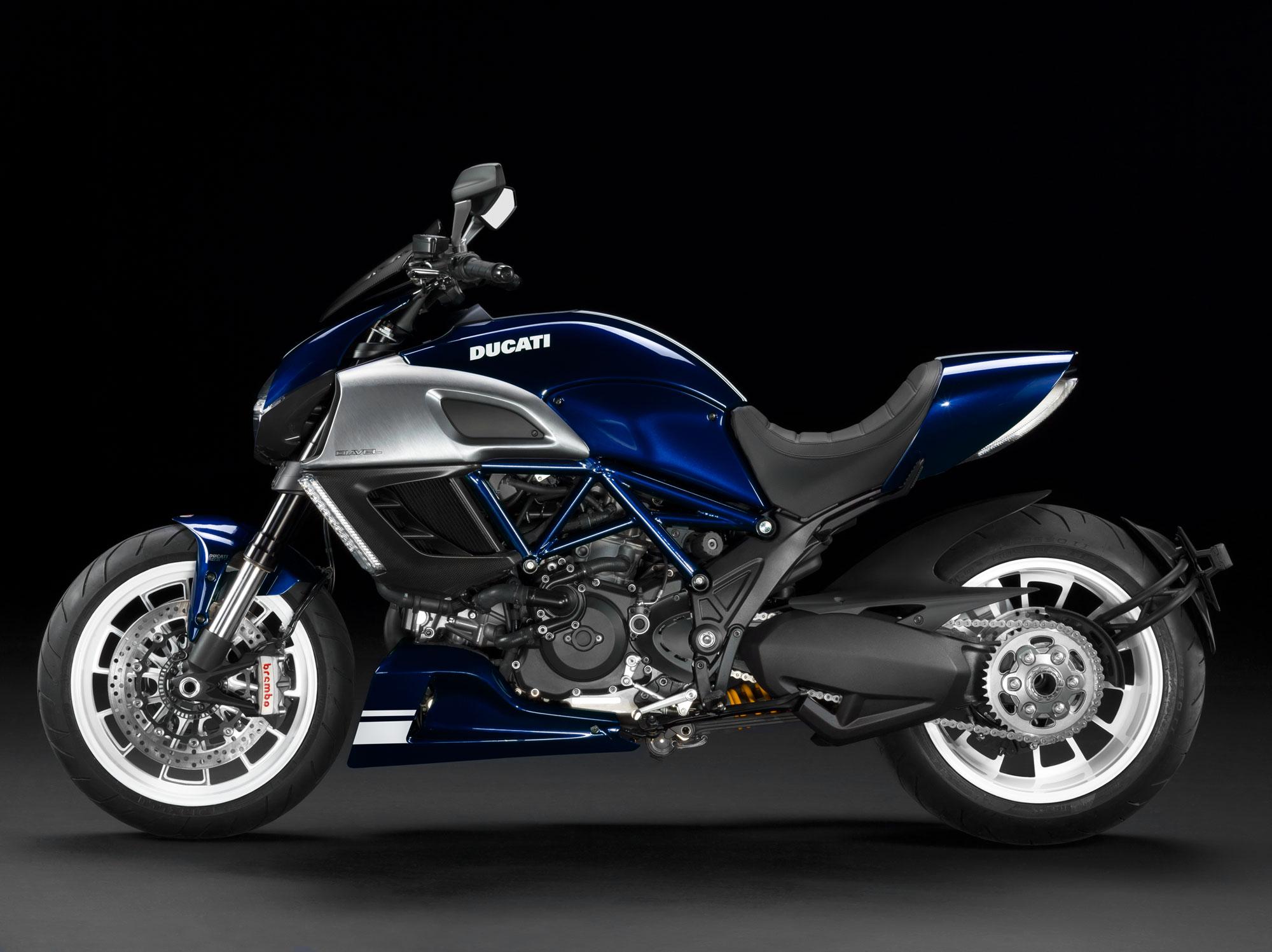 2013 Ducati Diavel q wallpaper 2000x1497 86956 WallpaperUP 2000x1497