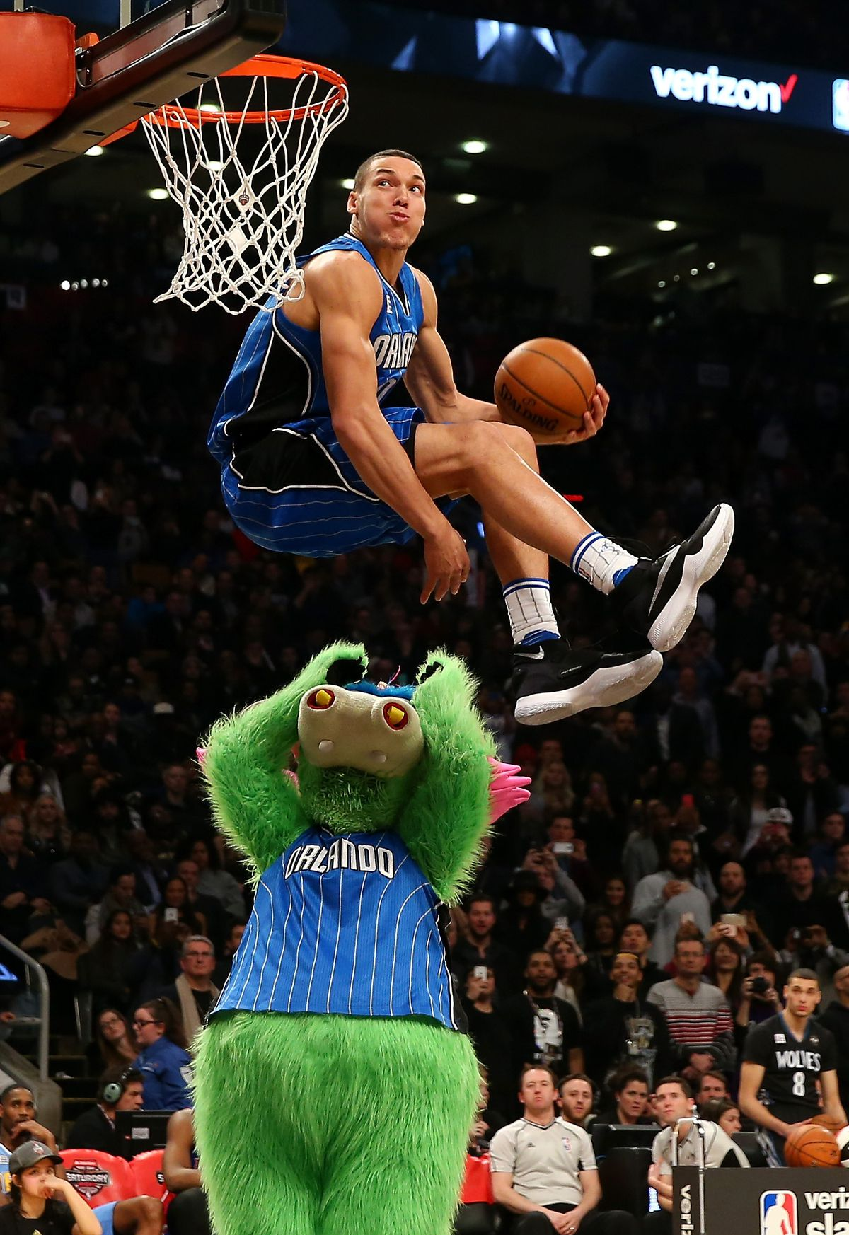 The 2016 NBA Dunk Contest in 7 astonishing photos   SBNationcom 1200x1746