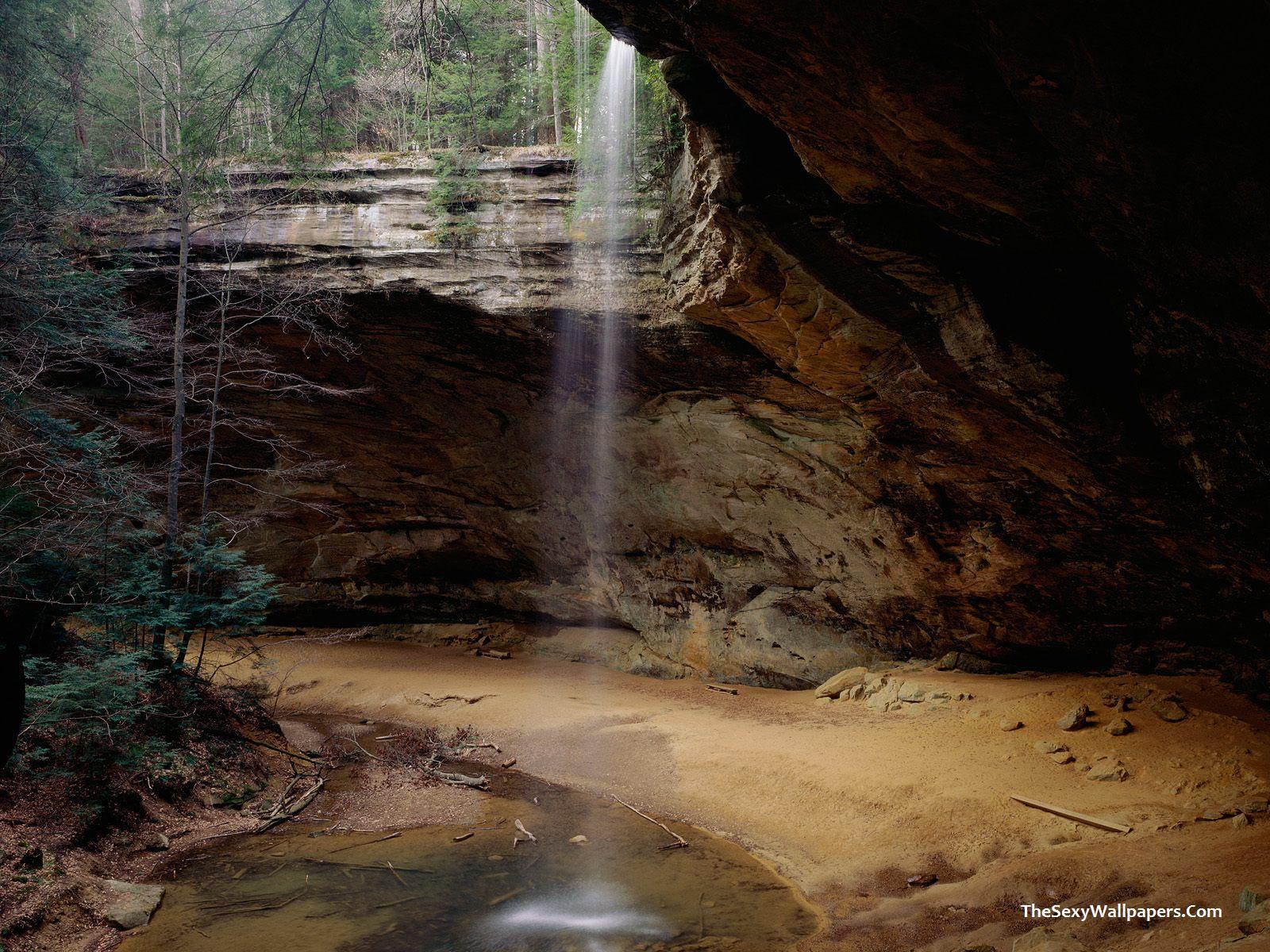 Download Waterfalls Wallpaper Ash Cave Ash Cave wallpapers 1600x1200
