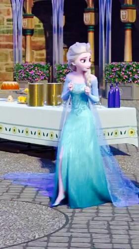 Frozen Fever Phone Wallpaper   Elsa the Snow Queen Photo 39388115 281x500