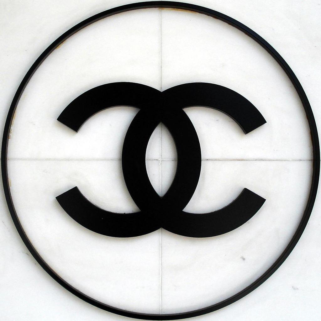 Logo Chanel Wallpaper HD Wallpaper WallpaperMinecom 1024x1024