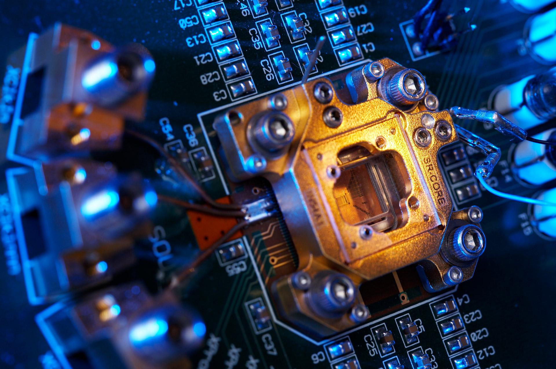 download geek electronics resistors transistors HD Wallpaper 1920x1276