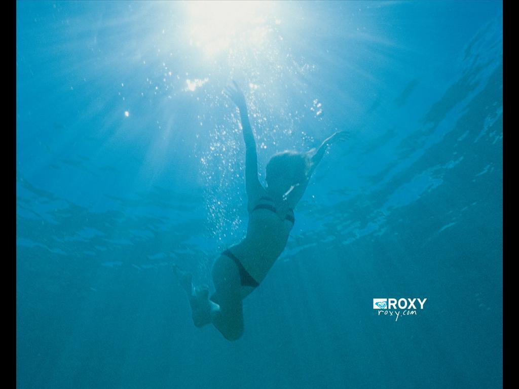 Roxy surfing   Roxy Wallpaper 921891 1024x768