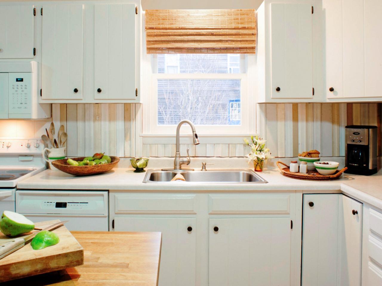 Do It Yourself DIY Kitchen Backsplash Ideas HGTV Pictures HGTV 1280x960
