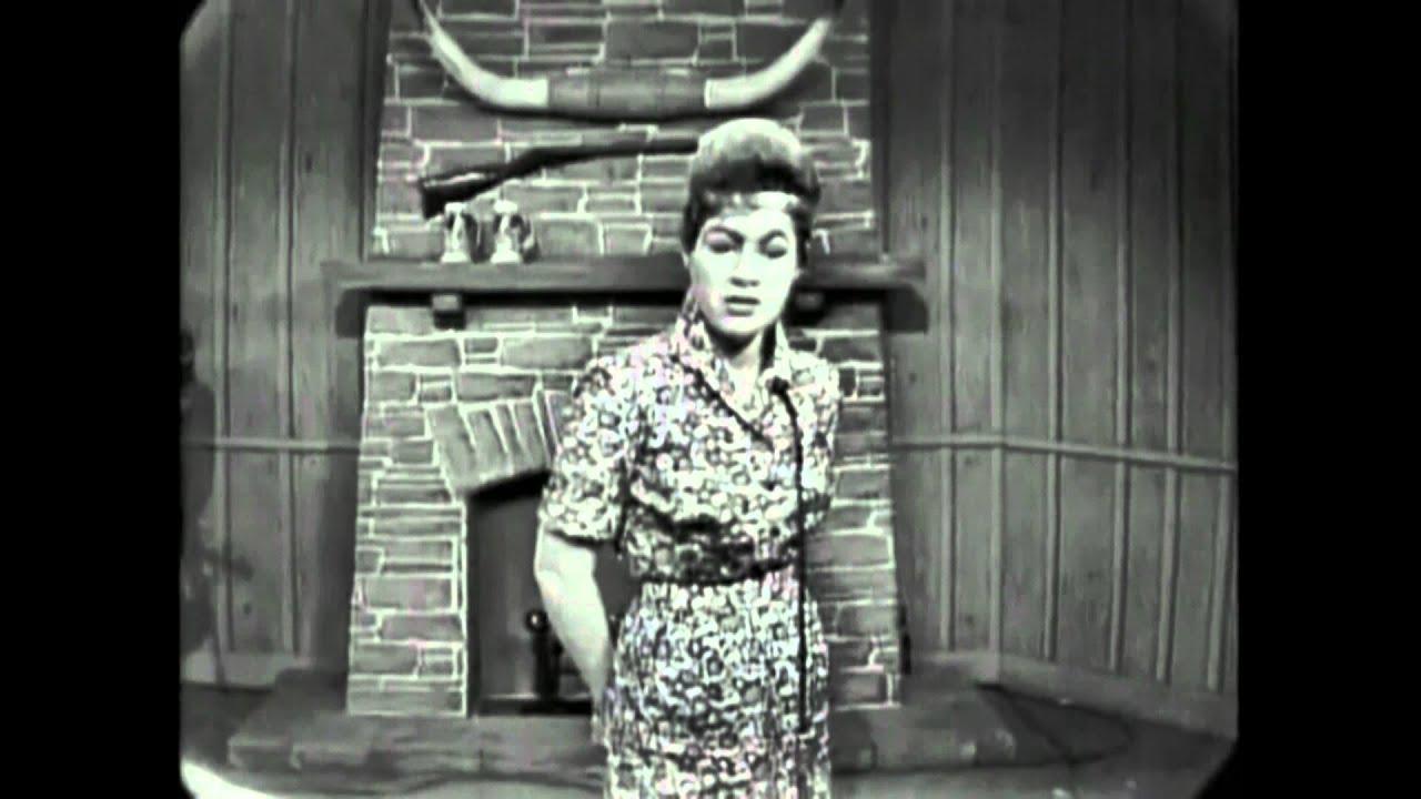 Patsy Cline   Crazy 1961 1280x720