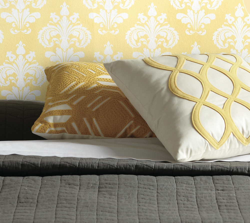 Devine It Yourself at Target   Devine Chantilly Wallpaper in Firefly 1000x893