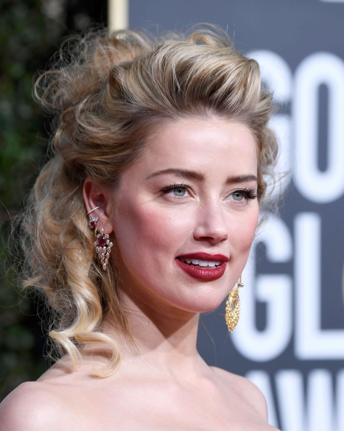 Amber Heard at 2019 Golden Globe Awards in Beverly Hills   Top 10 1200x1503