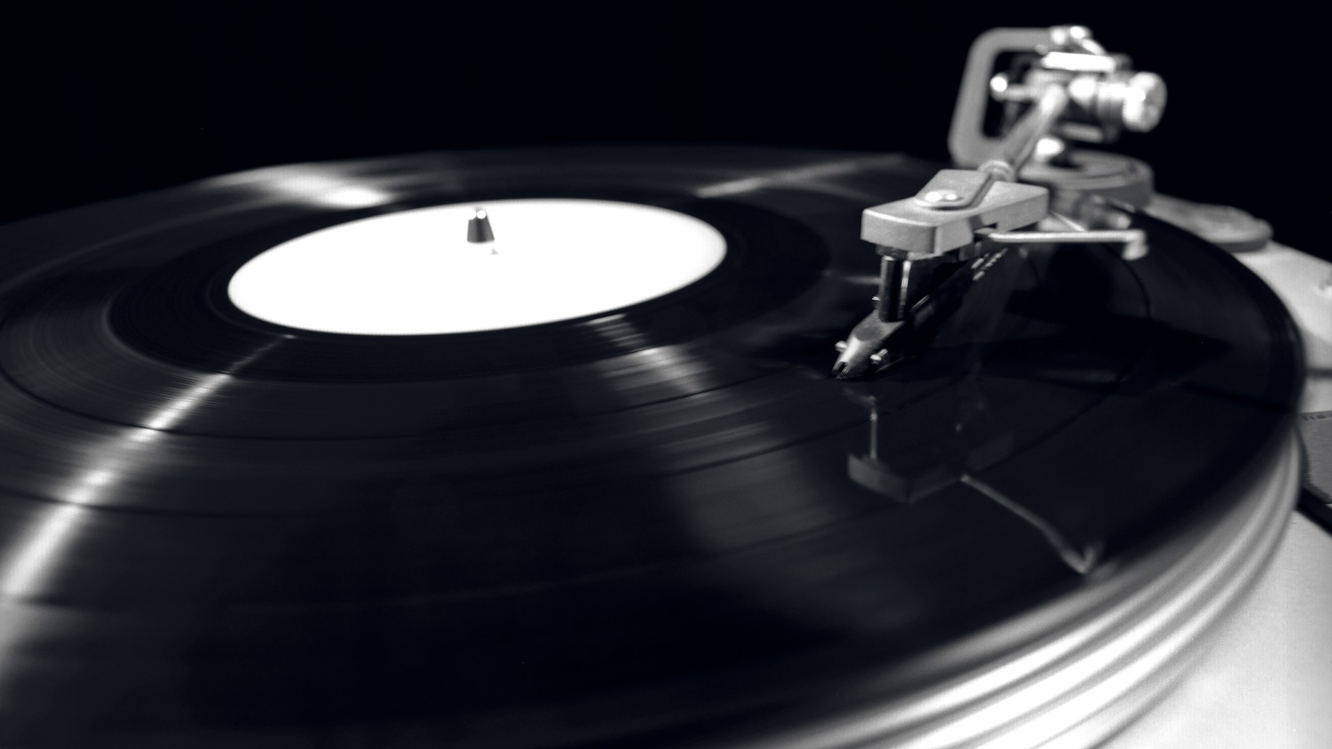 Monochrome Record Player   Wallpaper 37705 1920x1080