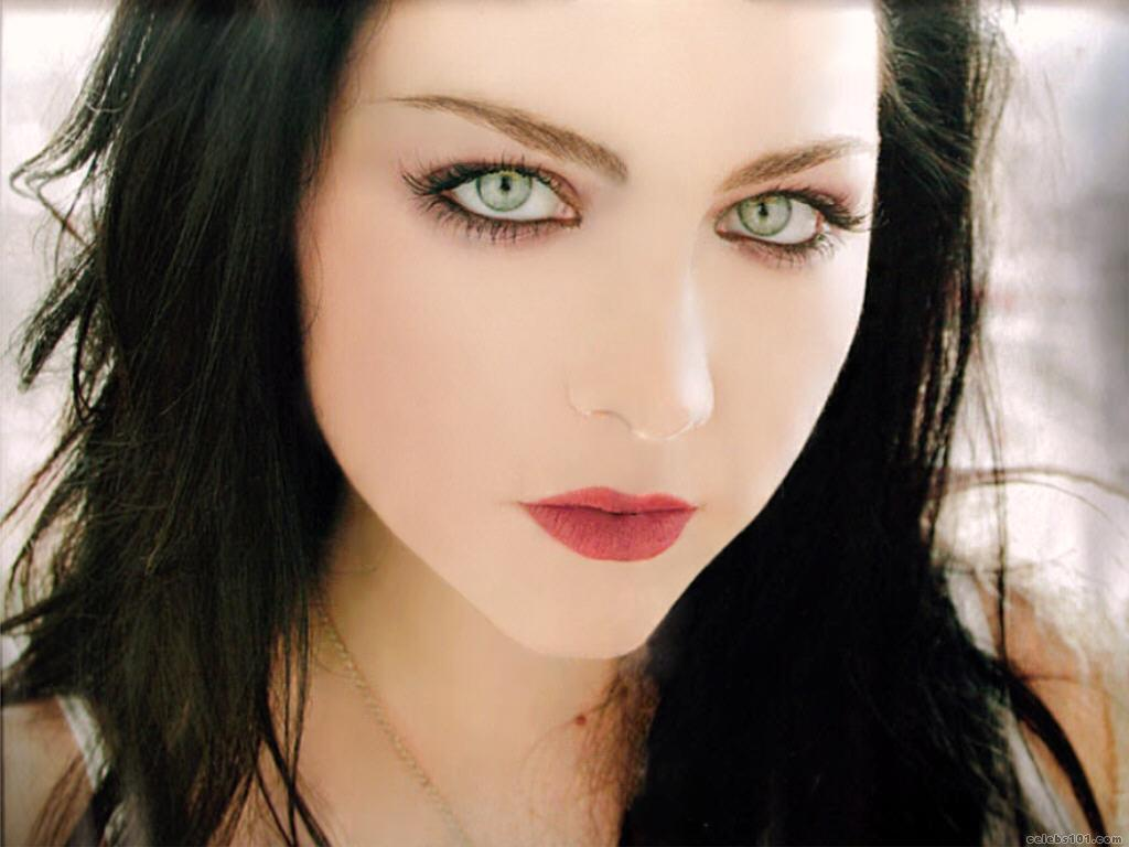 Amy Lee High quality wallpaper size 1024x768 of Amy Lee Wallpaper 1024x768