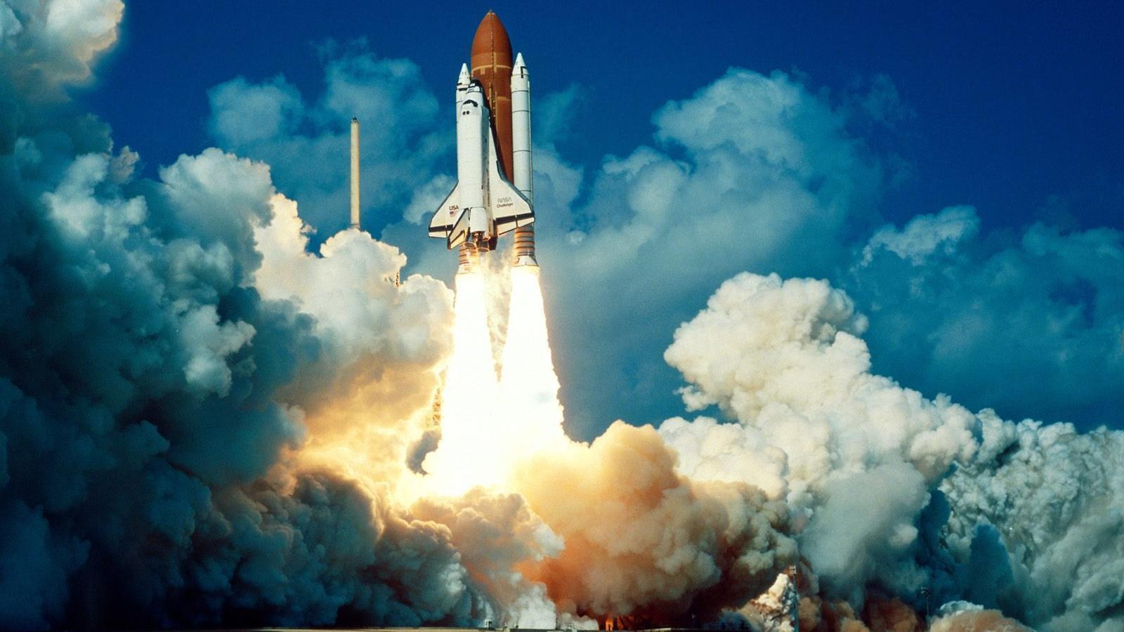 Space Shuttle Desktop Wallpapers 1600x900