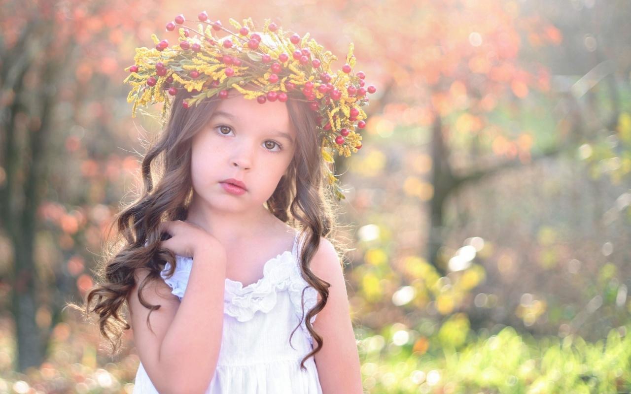 Sweet Girl Child Autumn 1280 x 800 Download Close 1280x800