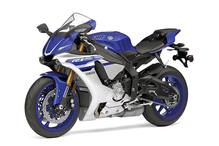 2016 Yamaha YZF R1 Review 700x467