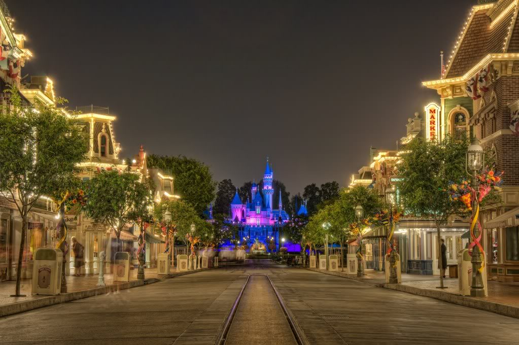 Thread Disneyland Resort Desktop Wallpapers 1023x680