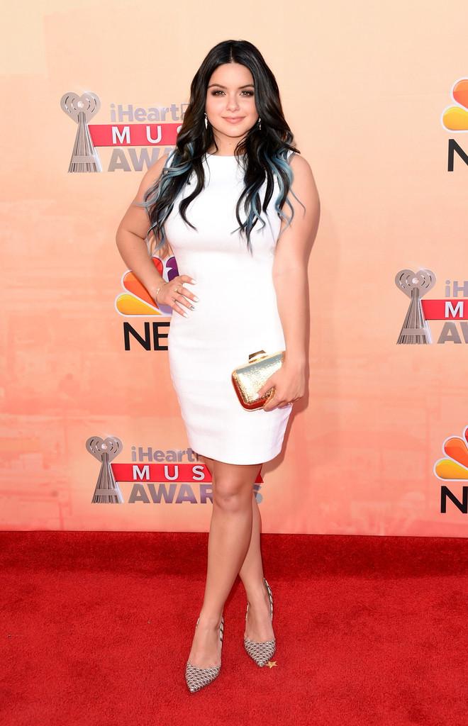 Ariel Winter Photos Photos   2015 iHeartRadio Music Awards 660x1024