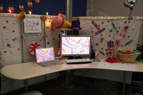 15 Inspiring Office Cubicles Design Juices 500x333