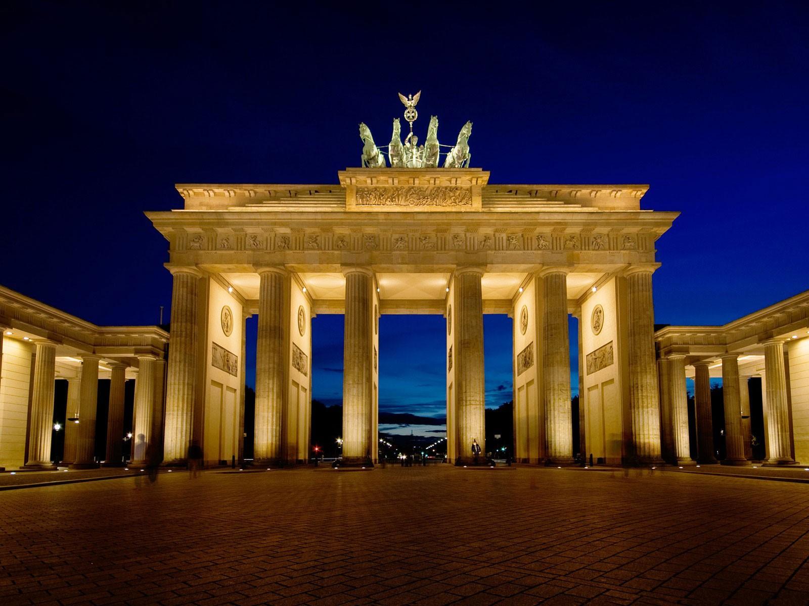 Brandenburg Gate Wallpaper 1600x1200 ID51618 1600x1200