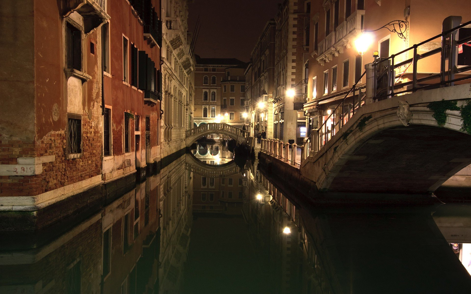 9620 venice at night wallpapers 1920x1200