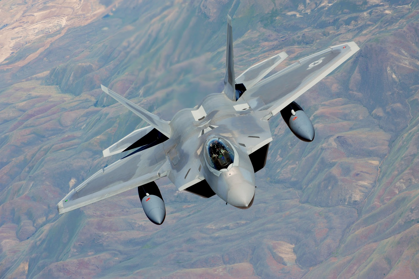 F22 Raptor of US Air Force With High Definition Aircraft Wallpaper 1600x1065