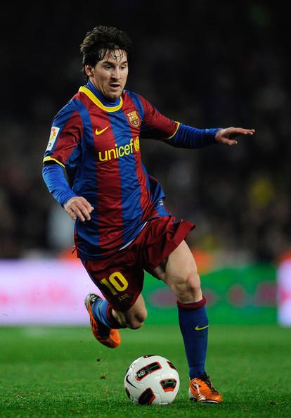 pictures Lionel Messi Barcelona v Athletic Bilbao   La Liga images 414x594