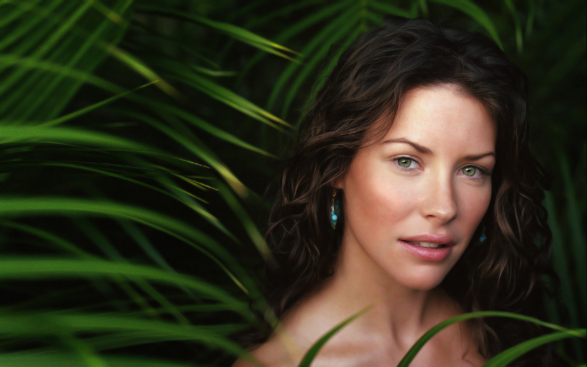 evangeline lilly wallpapers actress 1920x1200 1920x1200