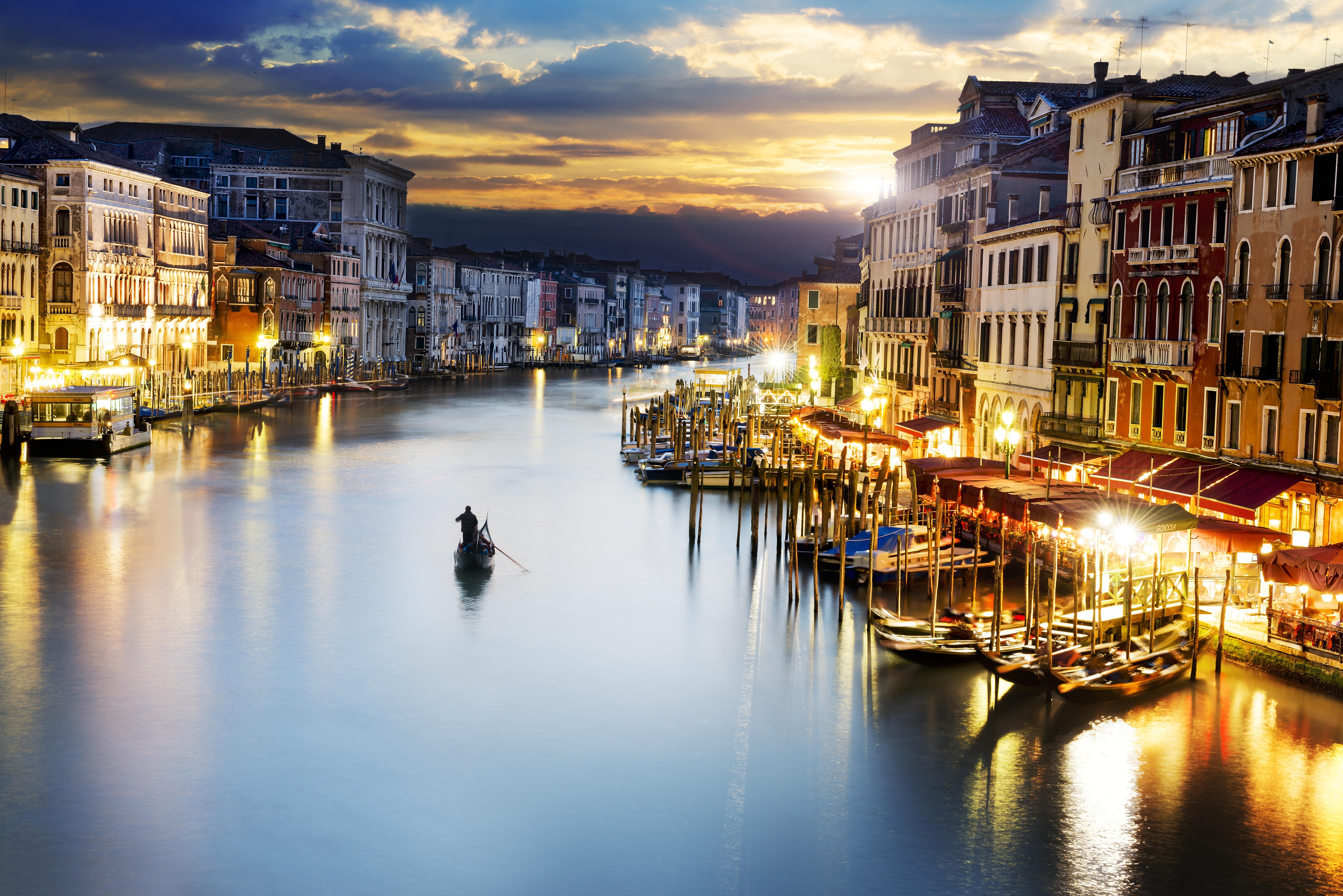 City Venice Italy Dreaming Beauti Hd City Night Wallpaper 7059x4712