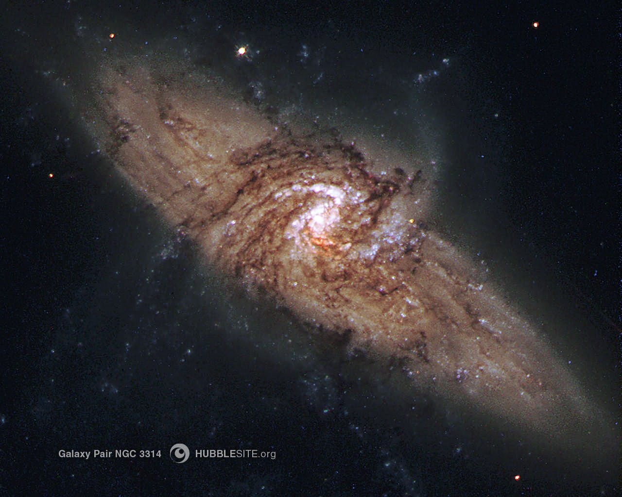 Desktop wallpaper for Galaxy Pair HUBBLE 1280x1024