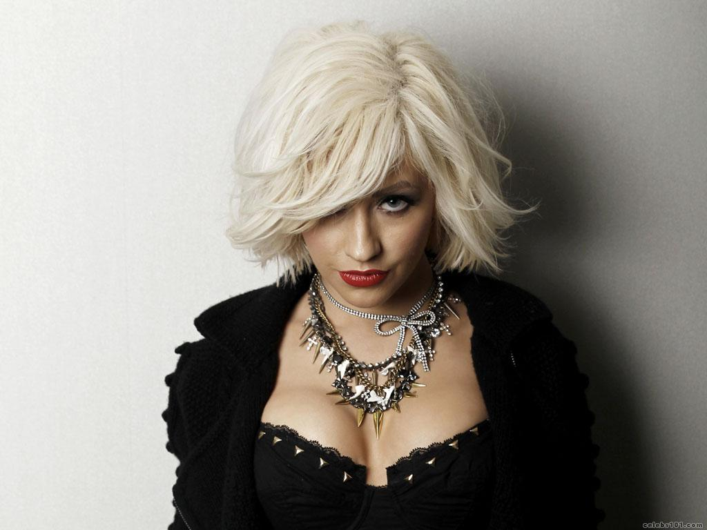 Christina Aguilera Wallpaper 1024x768