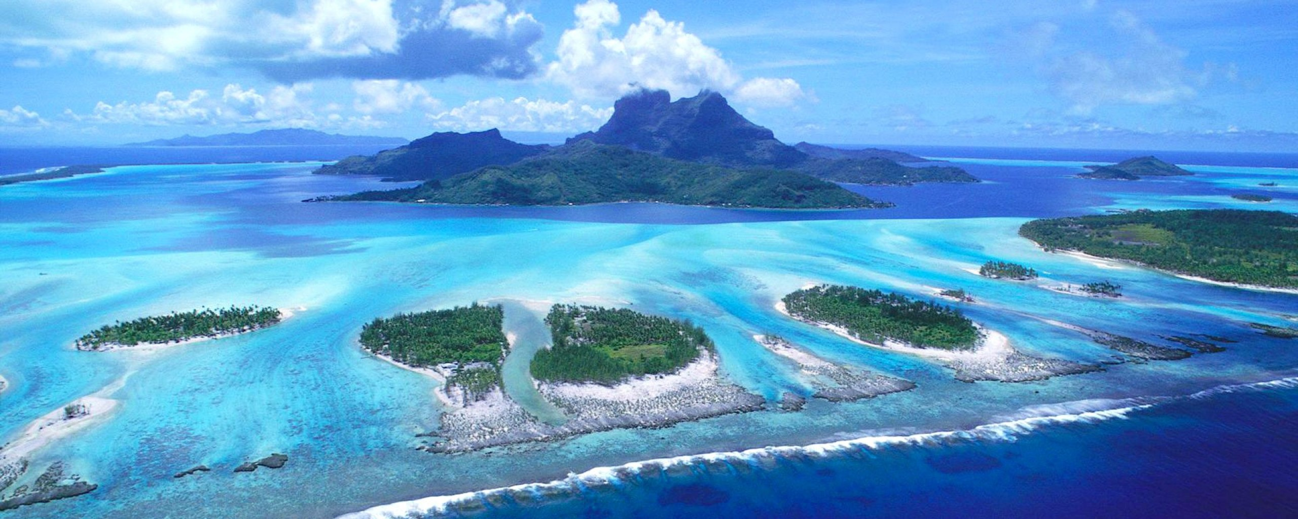... : http://www.desktopas.com/tropical-desktop-backgrounds-25601024.html