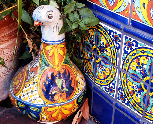 Fancy Fowl    color tile bazaar mexican mundo ceramic bazaardelmundo 500x405