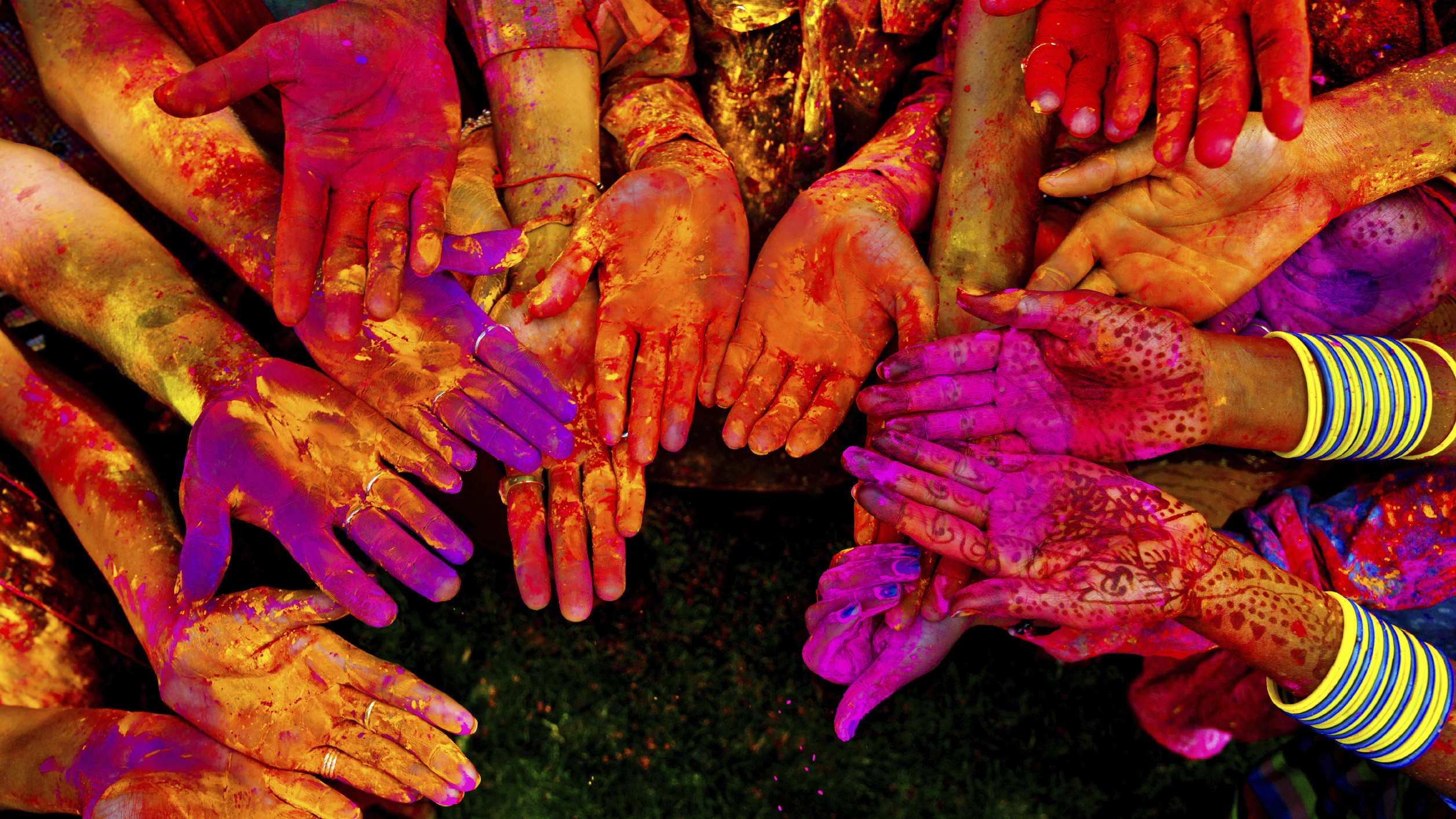 Holi Festival Wallpapers High Quality Download 2513x1414