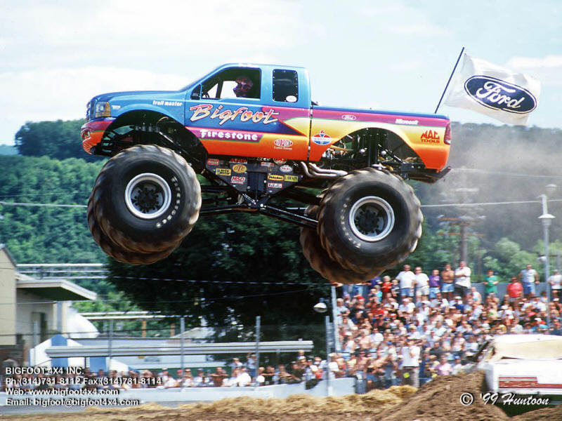 Bigfoot Monster Truck Video Wallpaper 800x600