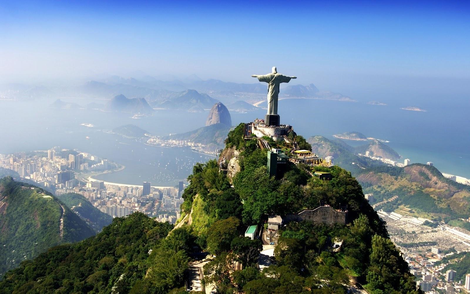 Jesus Christ Statue in Brasil Download 1600x1000
