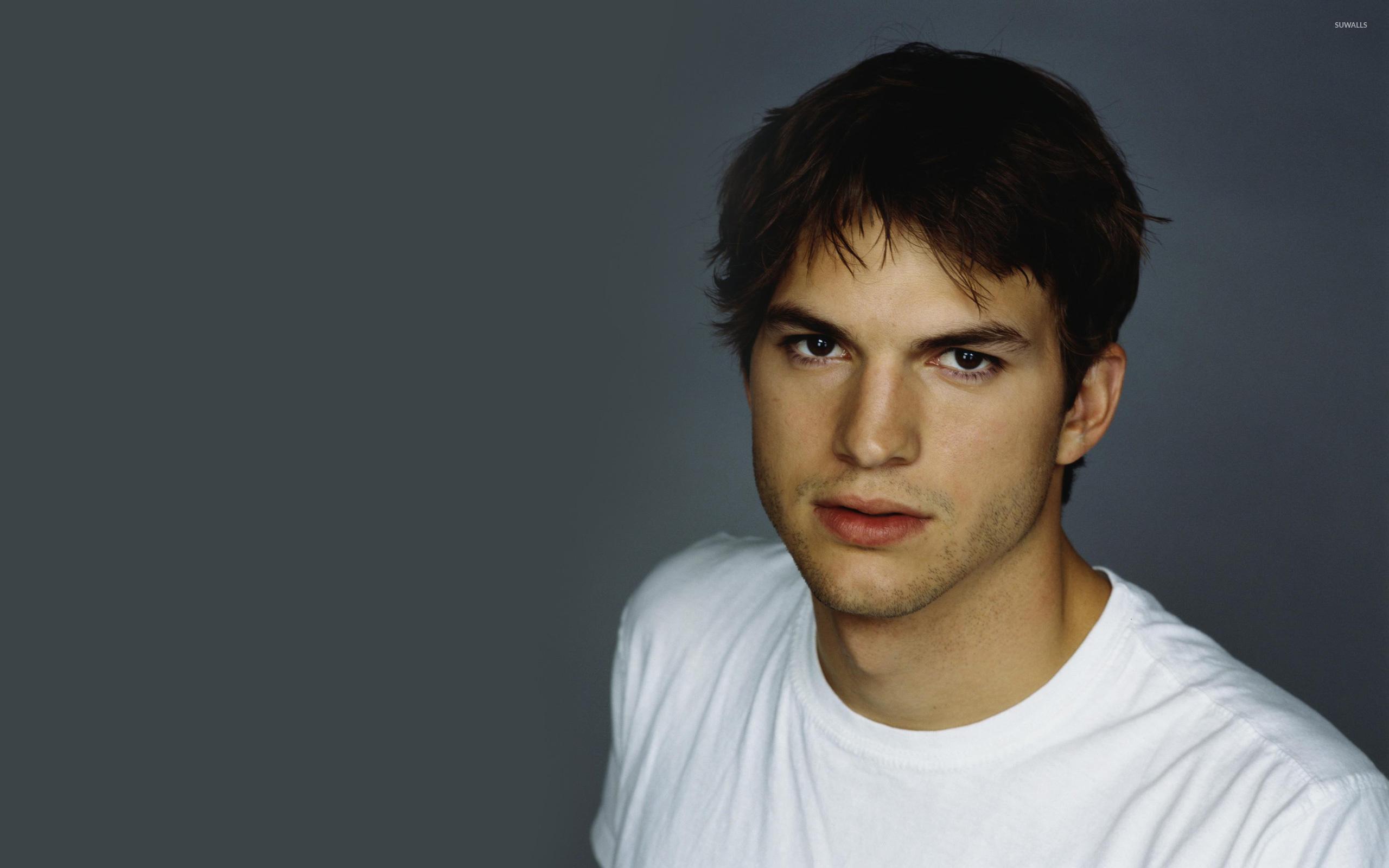 Ashton Kutcher Wallpapers 29 WallpapersExpert Journal 2560x1600