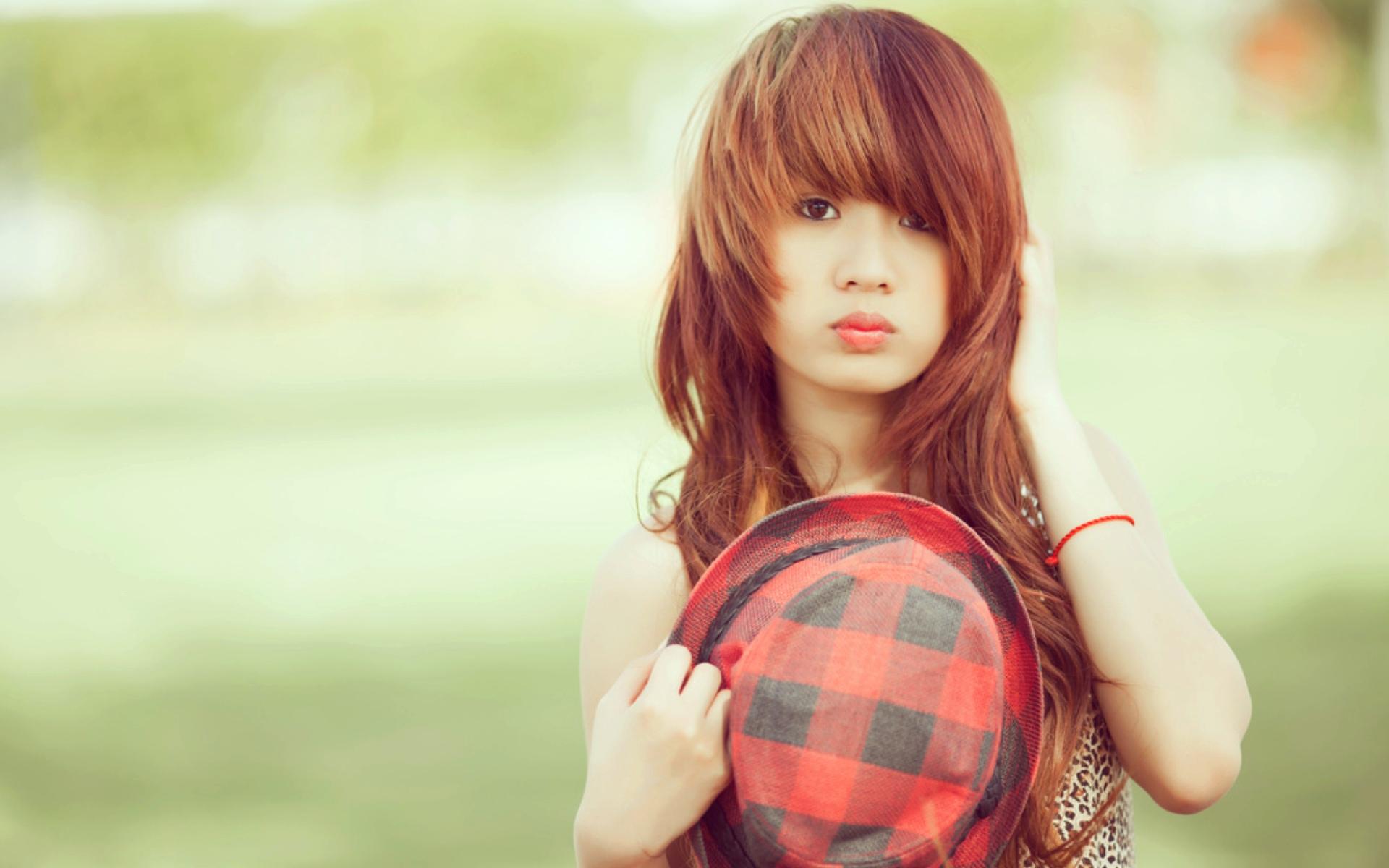 Hd wallpaper cute girl - Very Cute Girl With Hat 1920x1200 13044 Hd Wallpaper Res 1920x1200