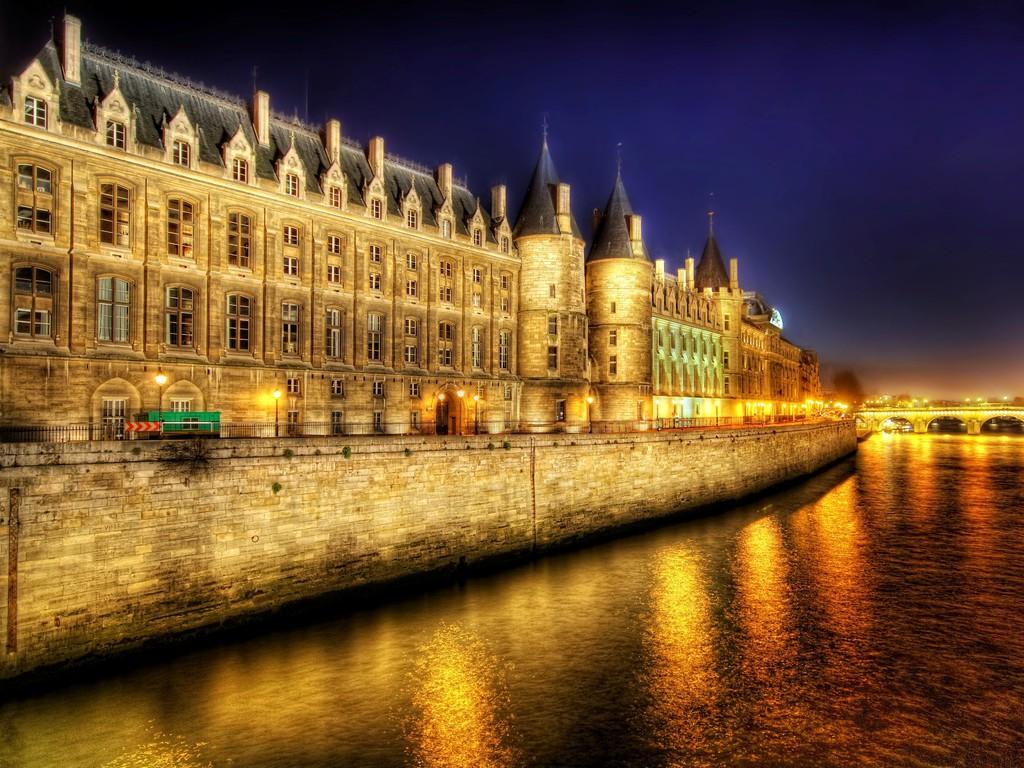 Paris at Night Wallpaper hovu6jpg 1024x768