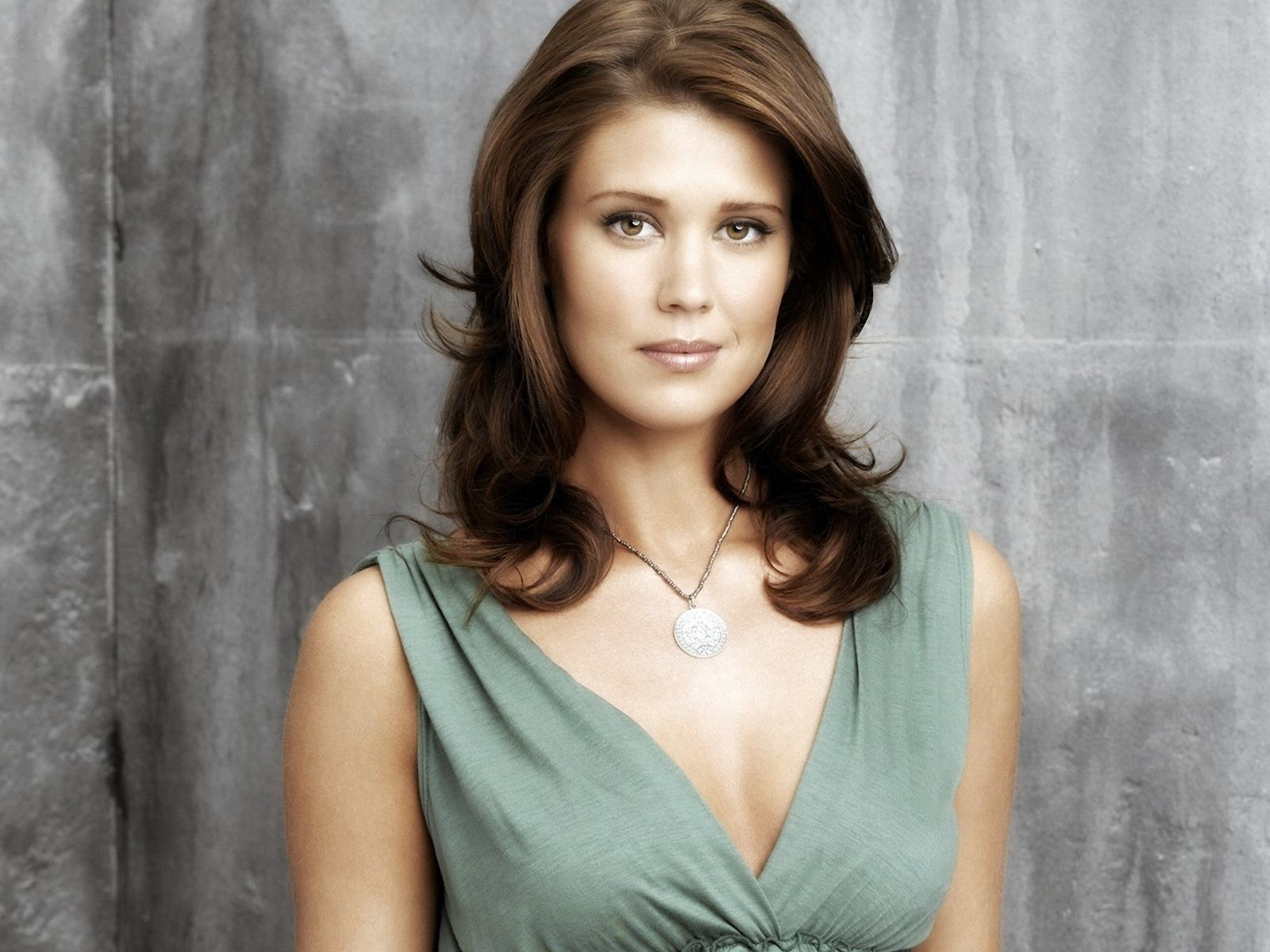 Wallpapers Backgrounds   Sarah Lancaster Gorgeous wallpapers stock 1600x1200