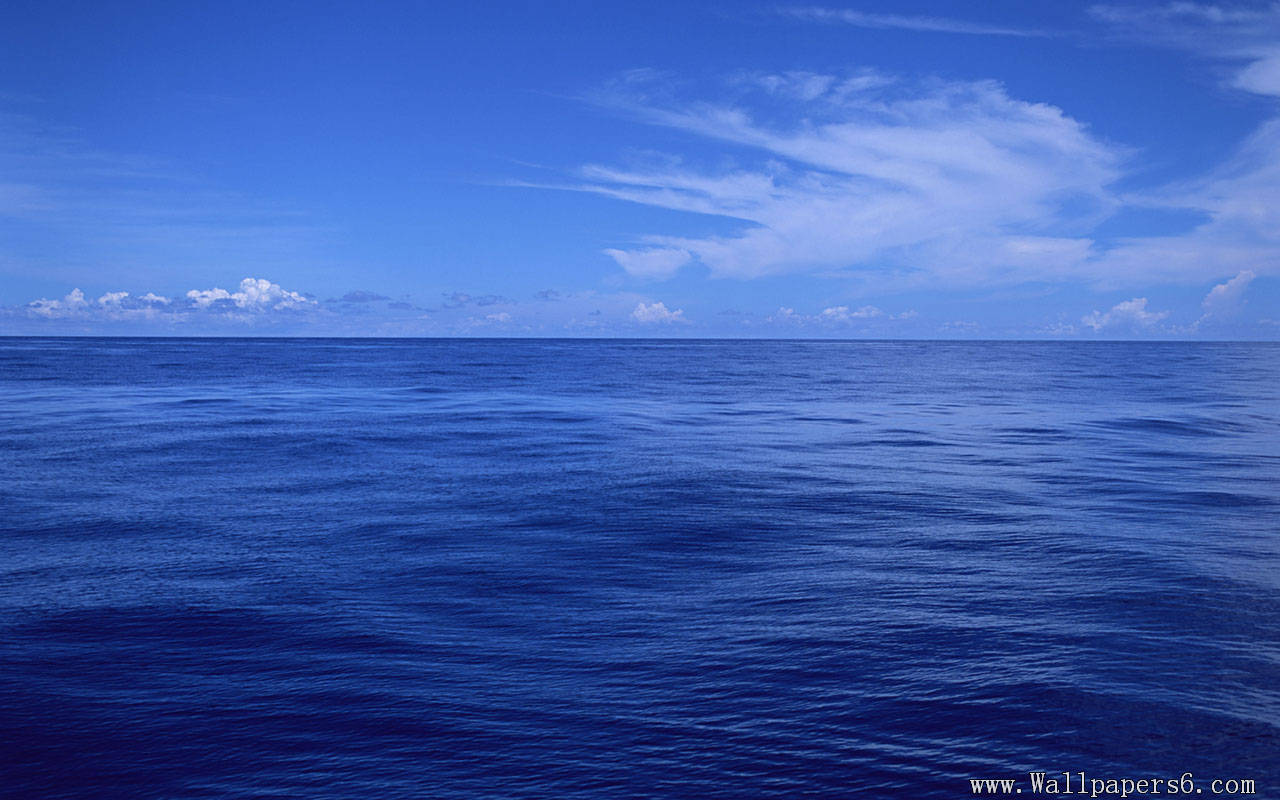 ... blue ocean and blue sky blue ocean and blue sky free wallpapers