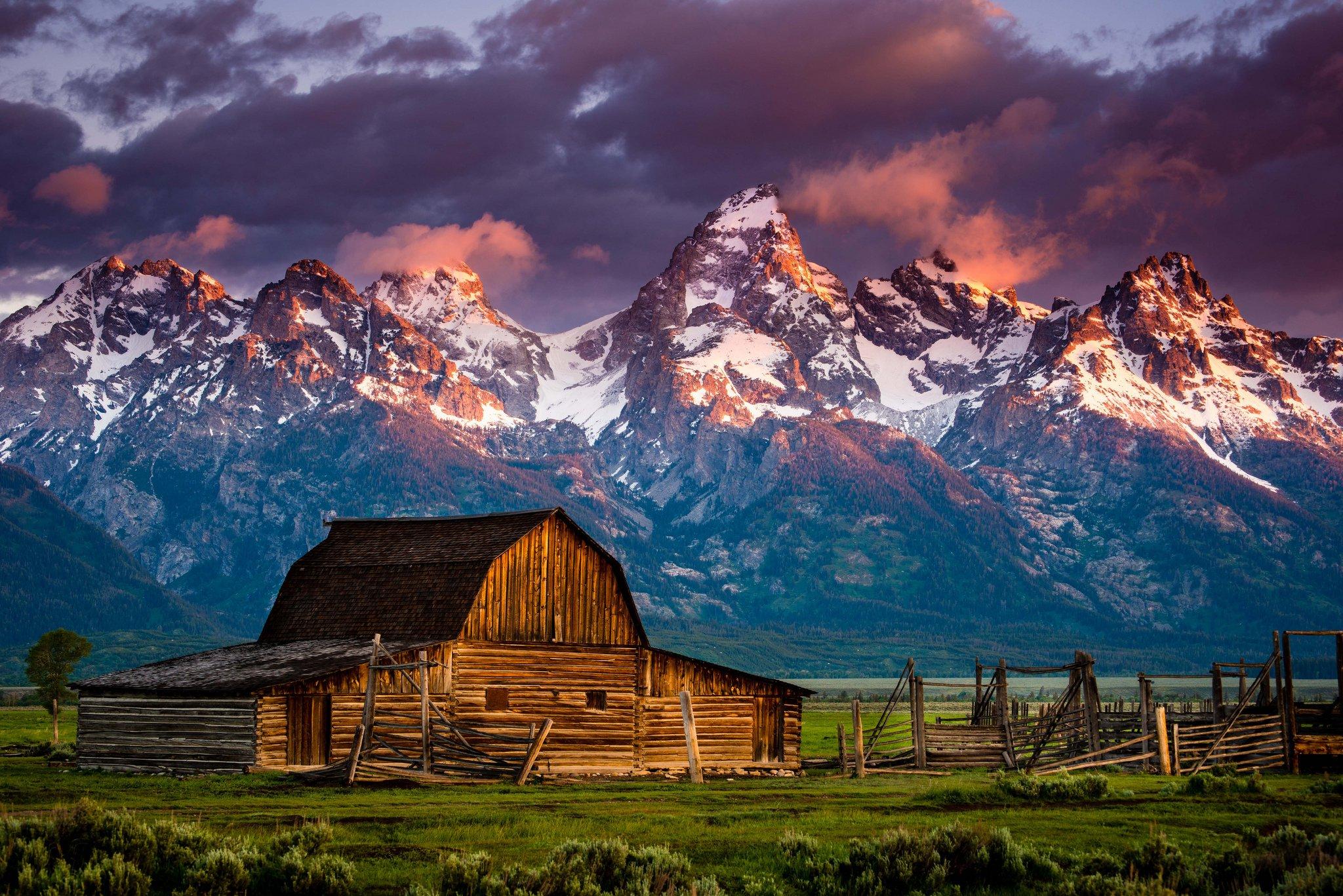 Farm barn rustic sunset sunrise mood mountain wallpaper 2048x1367 2048x1367