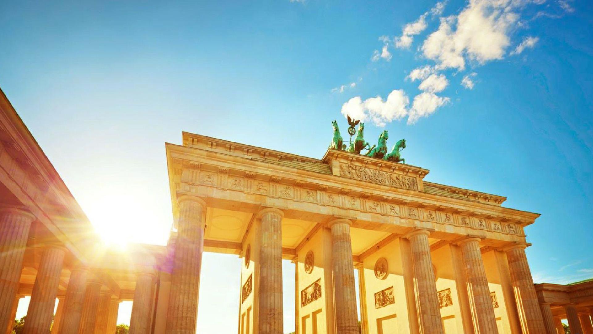 Brandenburg Gate Wallpaper 13   1920 X 1080 stmednet 1920x1080