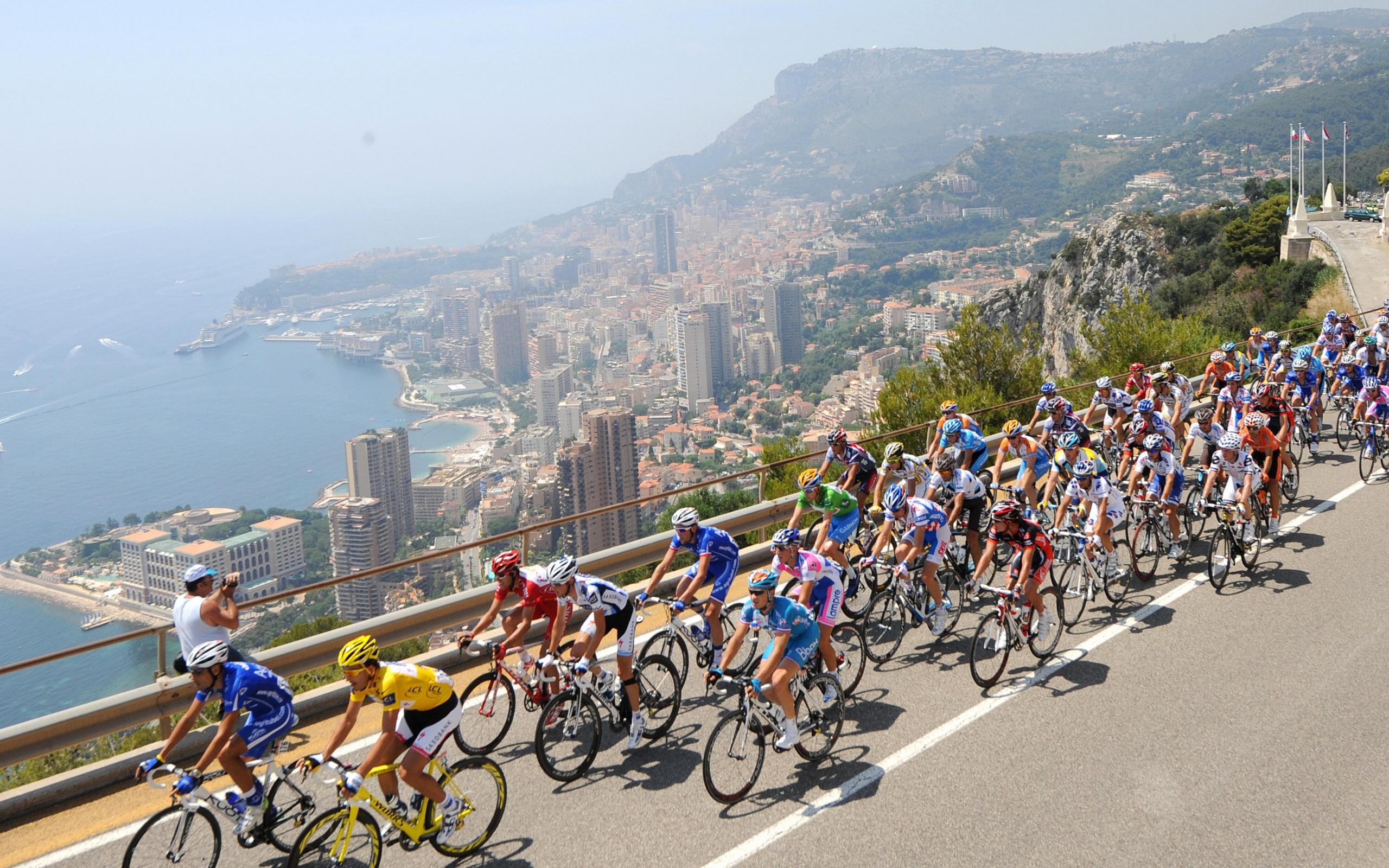 cycling tour de france 4256x2832 wallpaper Art HD Wallpaper download 2560x1600