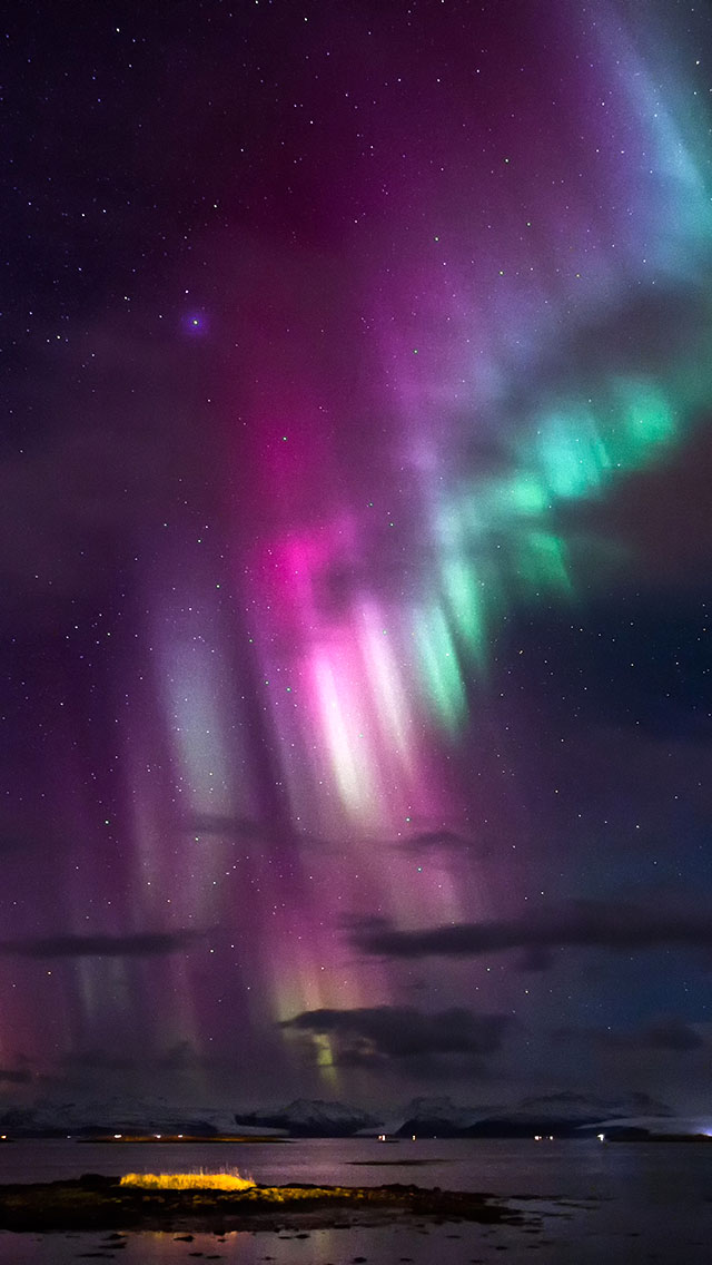 ... northern lights iphone wallpaper tags coast color evening lights